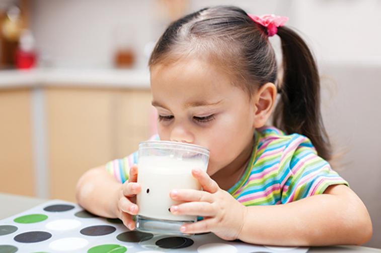 ดื่มนมแพะมีโอกาสเกิดอาการแพ้น้อยกว่านมอื่นจริงหรือ?